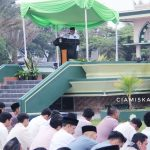 Pelaksanakan Sholat Idul Fitri 1440H Tingkat Kabupaten Ciamis
