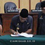 Rapat Paripurna DPRD Dalam Acara Penetapan Kesepakatan Bersama DPRD Terhadap Rancangan Awal RPJMD Kabupaten Ciamis Tahun 2019-2024