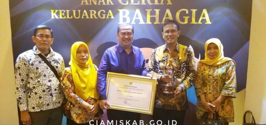 """Kabupaten Ciamis Terima Penghargaan """"KLA AWARD"""" Tahun 2019"""