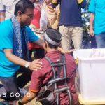 Bupati Motivasi Pedagang Asongan Penyandang Disabilitas
