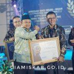 Bupati Ciamis Raih Penghargaan Kepala Daerah Berkinerja Baik Pada Radar TV Awards 2019