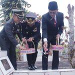 Tabur Bunga Bupati Ciamis untuk Pahlawan