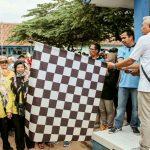 Wakil Bupati Ciamis Lepas Bendera Start Gebyar Jalan Sehat HUT PGRI Cikoneng