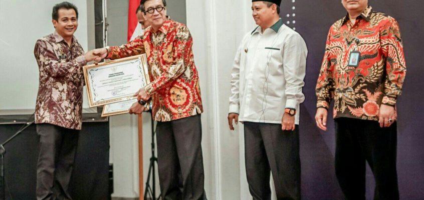 Pemkab Ciamis Terima Penghargaan Anubhawa Sasana Desa dari Menkumham