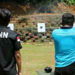 Tingkatkan Keterampilan, Batalyon Infanteri Raider 323/BP Latih Menembak Personil BNNK Ciamis