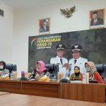 "Halal bil Halal dengan Kader, Ny. Hj. Kania Herdiat Apresiasi Pelaksanaan ""Gasibu"""