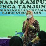 DPPKBP3A Lakukan Penyuluhan Masalah Anemia Remaja Pada 30 Remaja PIK-R Dari Kampung KB Bunga Tanjung