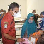 Kunjungi Pasien Terduga Keracunan Makanan, Bupati Ciamis Ingatkan untuk Hati-Hati Konsumsi Makanan